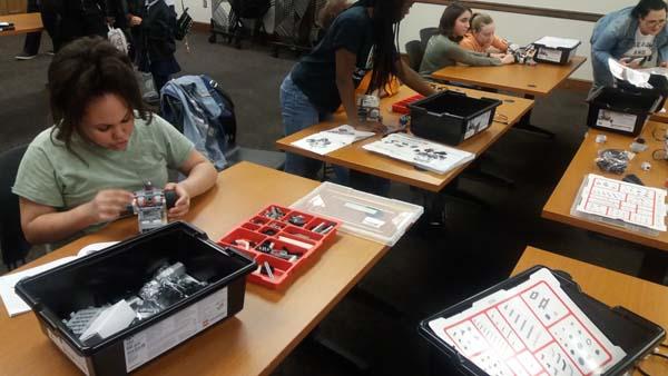 Building Classroom Robot